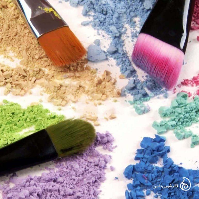پاک کردن لکه لوازم آرایشی از روی فرش